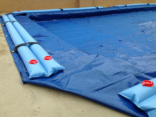 Pool-cover-water-tube.jpg
