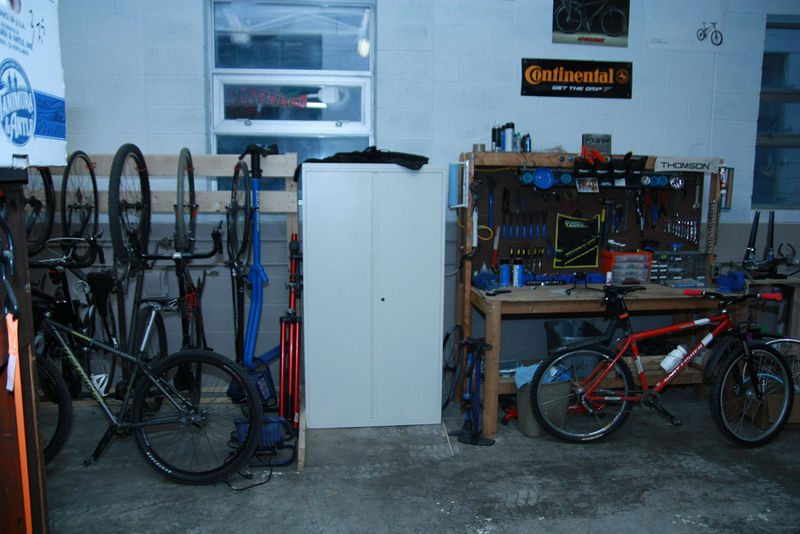File:I3detroit-bikeshop.jpg