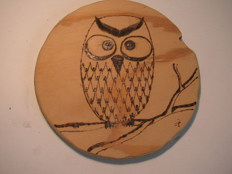 File:CraftRoomInventory Project OwlPlaquette.jpg
